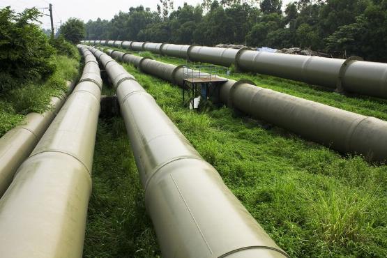 A cégek nyernek a zuhanó gázárral