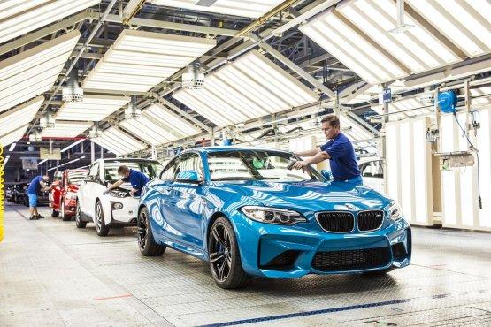 Átalakul a BMW üzleti modellje - Videó