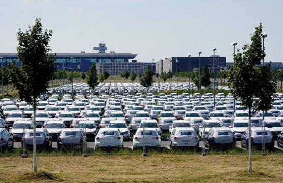 Nem kitiltással, hanem bio-üzemanyagokkal kéne harcolni a szennyező autók ellen