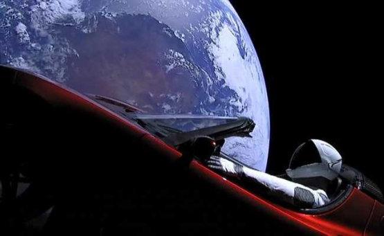 Évmilliókon át az űrben maradhat Elon Musk Teslája
