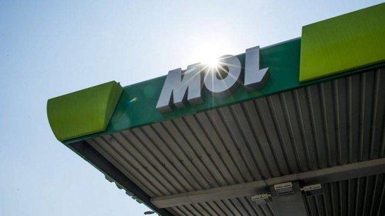 Csökken a benzin ára a Mol kutakon