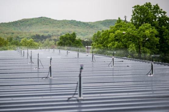 Tetőt hűtve spórol energiát egy magyar technológia