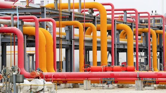 Szíjjártó figyelmeztet: leállhat az ukrán gázellátás