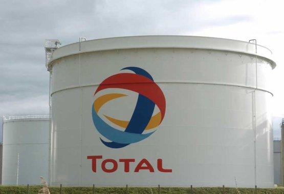 Iráni gázmezőn folytatja a Total