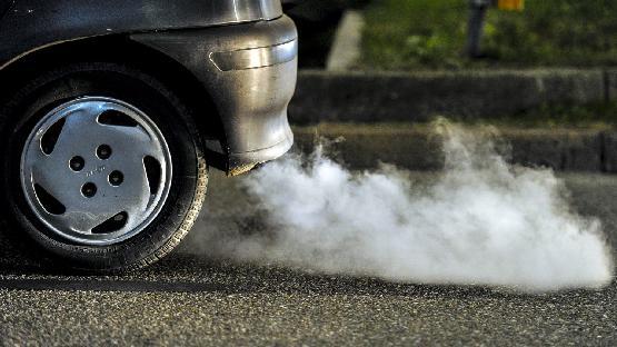 Megjött a javaslat: kitiltanák Bukarest központjából a környezetszennyező autókat