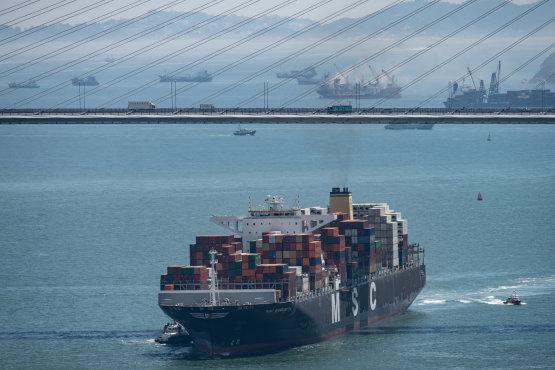 Új korszakba lép az olajipar és a hajózás január 1-jén