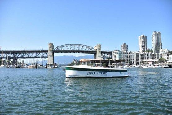 A környezettudatos közlekedés legújabb úttörői: az elektromos kishajók