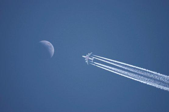 Tényleg van hatása annak, hogy egyre cikibb a repülés