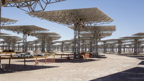 Végleg bedőlt a legígéretesebb és legnagyobb naperőmű projekt, elsöpörte a naperőmű-forradalom