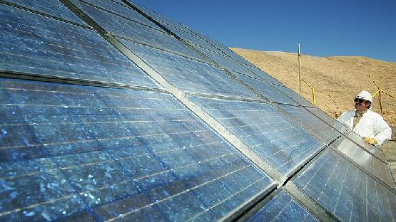 Nagy pofont kaptak a napelemek - csökken a teljesítmény
