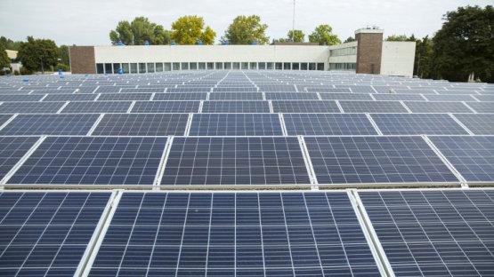 Hatalmasat zuhant Magyarország áramtermelése - Már szinte csak naperőművek épülnek