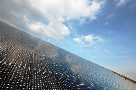 Hamarosan az irodák ablakai is áramot termelhetnek