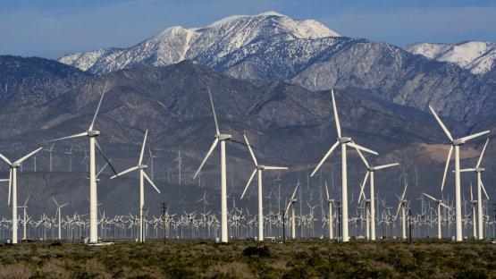 Az USA-ban tízszer többen dolgoznak a zöld gazdaságban, mint a fosszilis iparban