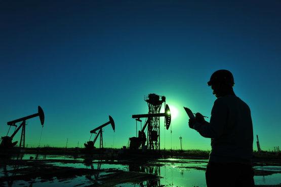 Az OPEC-től függ az olajár sorsa
