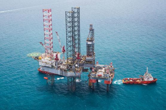 Egyre kevesebbet költenek kutatásra a nagy olajmultik