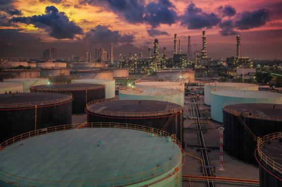 Az amerikai készletadatok miatt mélyponton az olajár