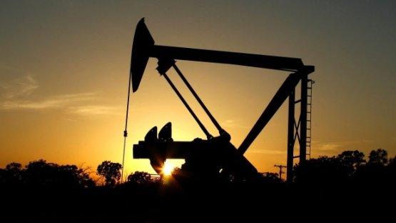 Enyhén emelkedik az olaj ára