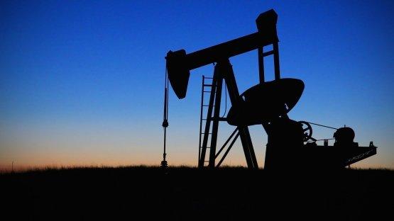 Globális olajpiac: keresleti oldal és a jövő évi kínálat bővülés