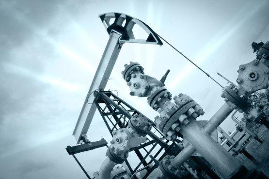 Viharjelzések a fosszilisüzemanyag-iparnak