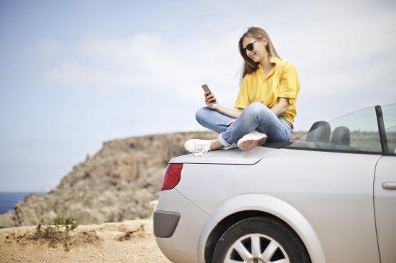 A tinédzserek köszönik szépen, nem vesznek autót