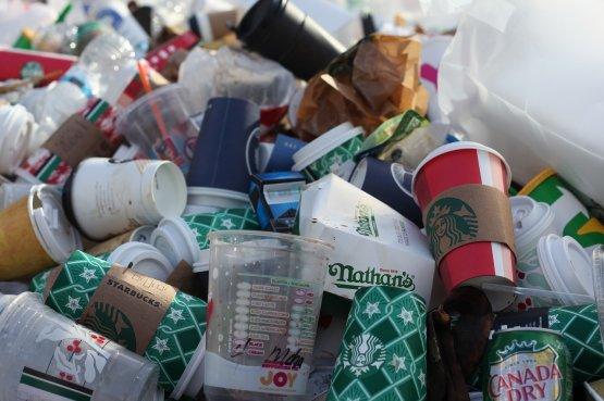 Egészségügyi okokból mellőzze ezeket a műanyag csomagolásokat