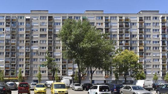 Panelben laksz? – 350 ezer forint ingyenpénzt kaphatsz