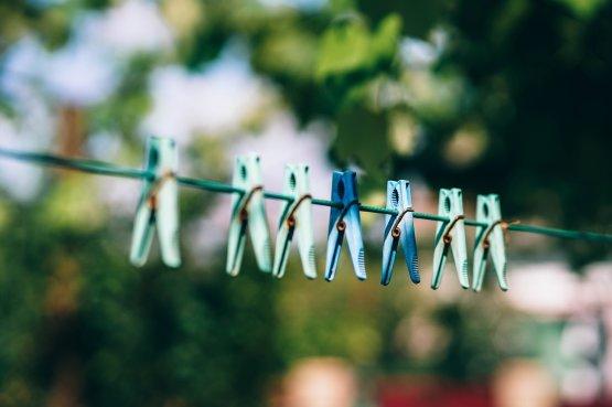 Tippek, hogyan mosson kevesebb ruhát idén