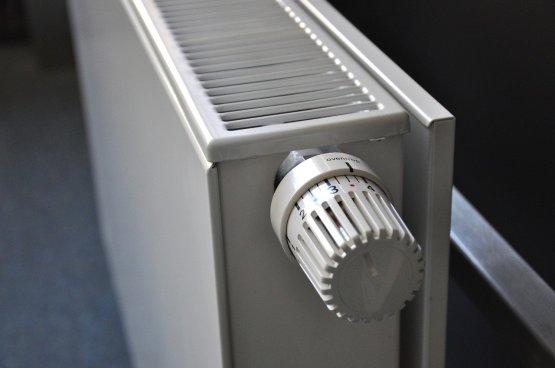 Olcsóbb, ha egész nap megy a fűtés, mintha este kell felmelegíteni az egész lakást?