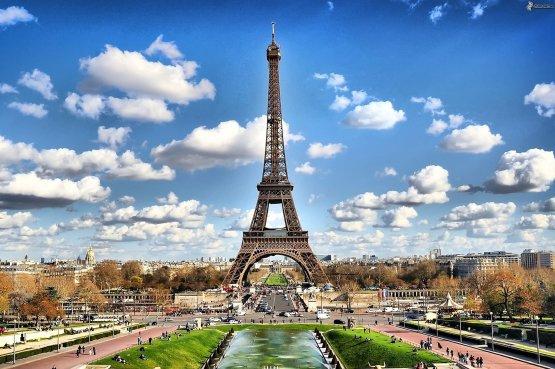 Pert indít a Google és az Apple ellen a francia állam - VIDEÓ
