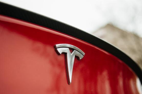Eláll a szavad: megszerezték az összes Tesla-modell magyarországi árlistáját
